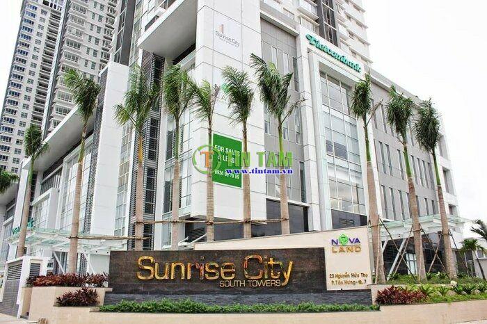 Giấy dán tường, màn rèm cửa đẹp cho căn hộ cao cấp Sunrise city quận 7 TPHCM