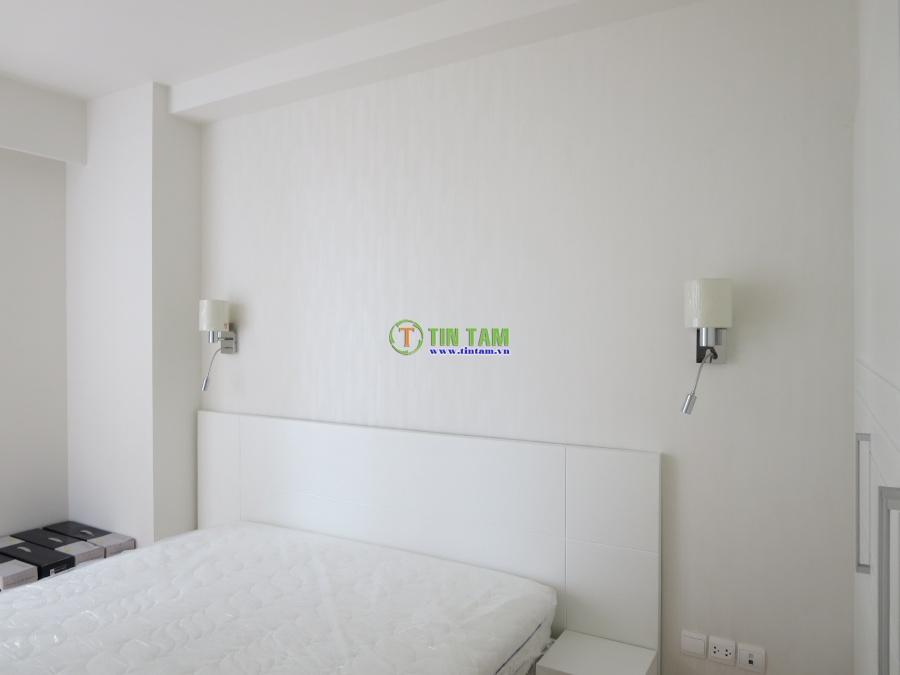 Mẫu giấy dán tường đẹp cho căn hộ xinh xắn